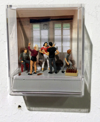 diorama_party